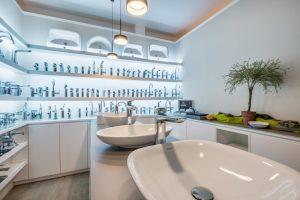 Badaustellung-Bergisch-Gladbach-Hand-Badewanne-Armatur