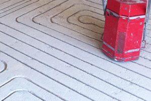 Heizung-Fussbodenheizung-gefräst-Fräsmaschine