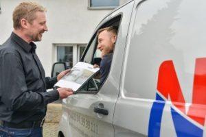 Kundendienst-Heizung-Sanitär-Notdienst-Fahrzeug