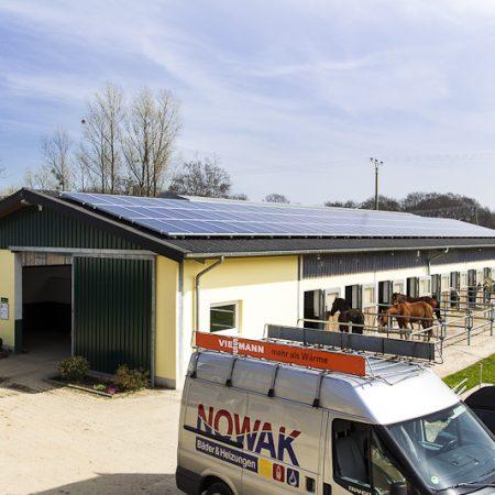 Heizung-Photovoltaik-PV-Anlage-Photovoltaikkollektor