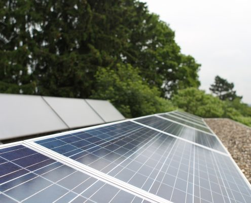 Heizung-Photovoltaik-PV-Anlage-Photovoltaikkollektoren