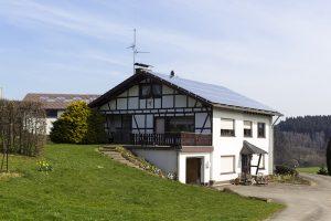 Heizung-Photovoltaik-PV-Anlage-Süden