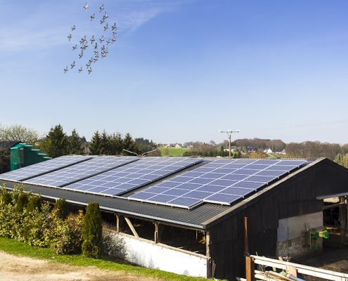 Heizung-Photovoltaik-Photovoltaikkollektoren-PV-Anlage