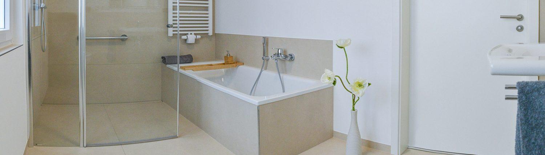 NOWAK-Badezimmer-Basis-Kompakt-Badewanne-Dusche