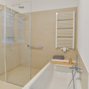 NOWAK-Badezimmer-Basis-Kompakt-Dusche-Badewanne