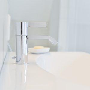 NOWAK-Badezimmer-Design-Komfort-Armatur