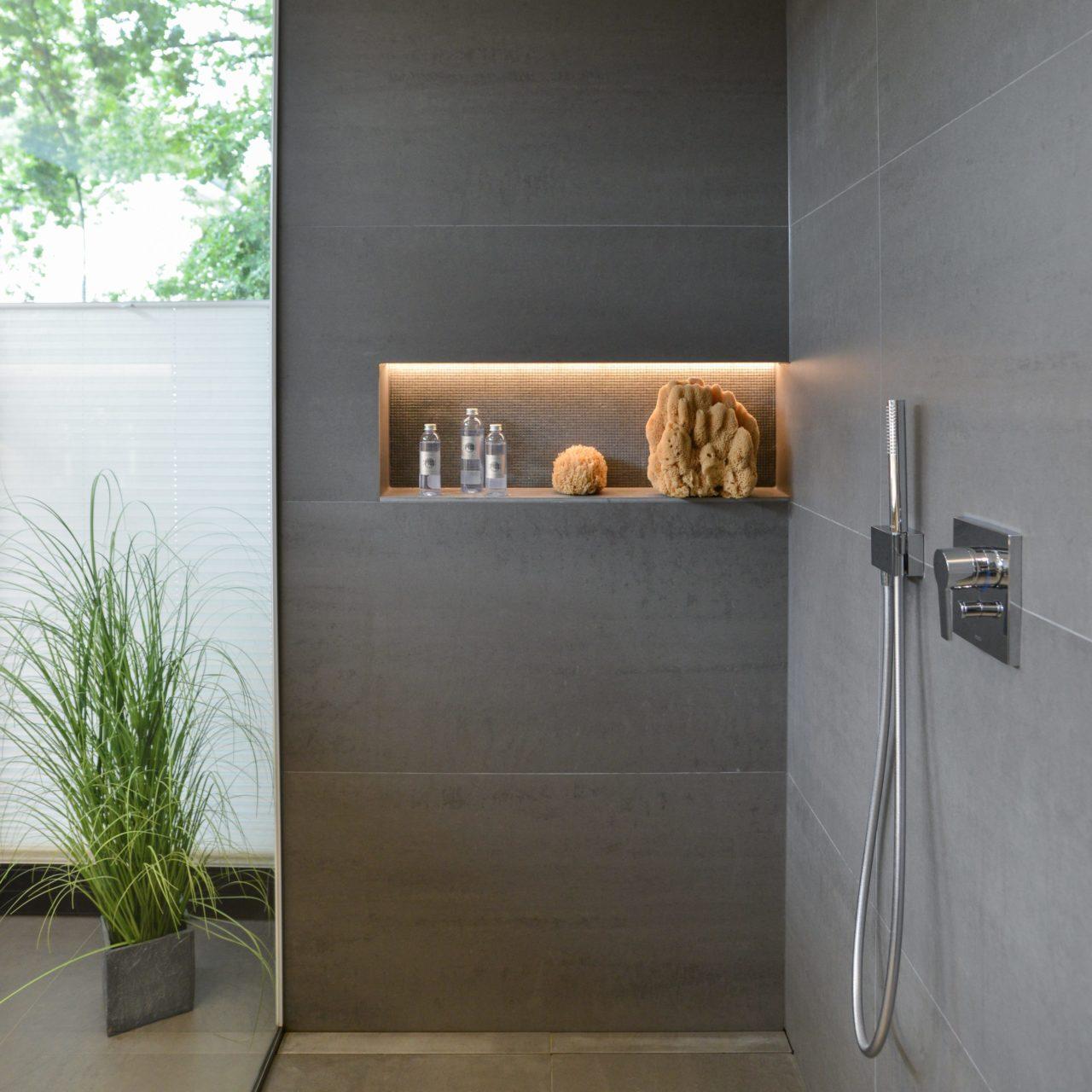nowak gmbh bad kategorie premium plus bergisch gladbach. Black Bedroom Furniture Sets. Home Design Ideas