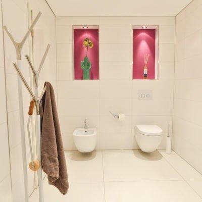 ... Badezimmer Pink Wandbeleuchtung Toilette WC Bidet ...
